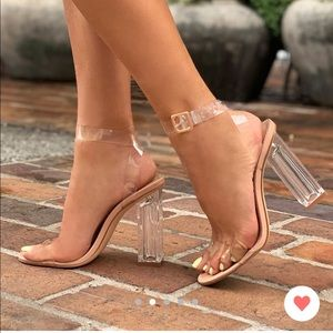 NWT Fashion Nova Heels